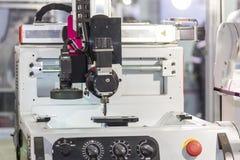 Высокая технология и точность workpiece anc гравировального станка зрения камеры стоковое изображение