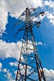 высокие линии напряжение тока силы Стоковая Фотография