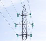 высокие линии приводят напряжение тока в действие Стоковое Изображение RF