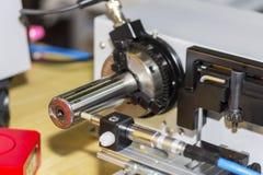 Высокие точность и современный зонда для размера или runout измеряя для промышленных работ стоковые изображения