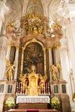 Высокий алтар в церков Мюнхене ` s St Peter Стоковая Фотография