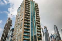 Высокий подъем и современные здания в Марине Дубай, ОАЭ Стоковые Фото