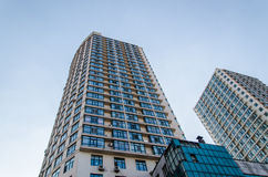 высокий самомоднейший небоскреб Стоковые Изображения