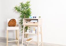 Высокий стол с chai Стоковая Фотография
