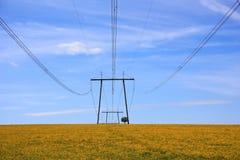Высоковольтная линия электропередач Стоковая Фотография RF