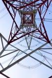 Высоковольтное электричество опоры стоковая фотография