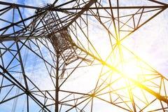 Высоковольтные башни передачи энергии Стоковое фото RF