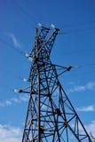 Высоковольтные башни передачи энергии Стоковые Изображения