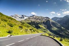 высокогорная высокая дорога Стоковая Фотография