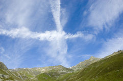 высокогорное небо облаков стоковая фотография rf