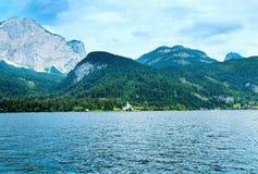 высокогорный взгляд лета озера Стоковые Изображения RF