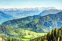 Высокогорный взгляд для того чтобы установить Zugspitze Стоковые Фото