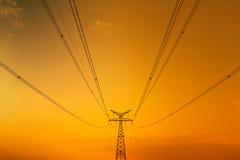 Высокое напряжение под голубым небом Стоковое фото RF