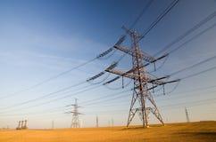 высокое напряжение тока земли Стоковые Изображения RF