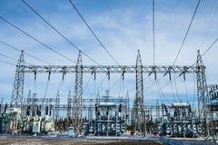 высокое напряжение тока подстанции Стоковые Фотографии RF