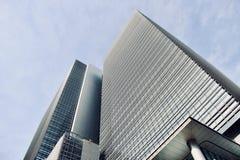 Высокорослые современные офисные здания в токио Японии стоковые фотографии rf