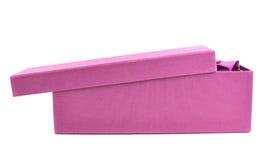 Высокорослая изолированная подарочная коробка Стоковая Фотография RF