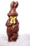 Высокорослый изолят зайчика шоколада на белизне Стоковая Фотография RF