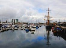 Высокорослый корабль Kaskelot причалил вверх по Плимуту Девону Великобритании Стоковое фото RF