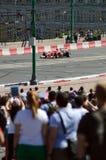 Высокоскоростной город участвуя в гонке F1 Феррари Москвы стоковое изображение