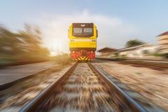 Высокоскоростной тепловозный поезд Стоковая Фотография