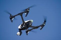 Высокотехнологичное летание трутня Стоковое фото RF