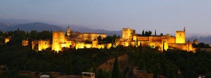 Высочество Альгамбра к ноча, Гранады стоковые изображения rf