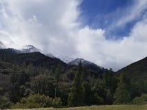 Высочество покрытое снегом стоковая фотография rf