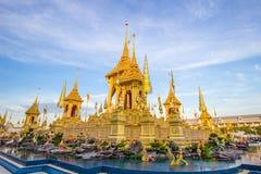 Выставка на королевской церемонии кремации, земле Sanam Luang церемониальной, Бангкоке, Таиланде на November25,2017: Королевский  Стоковые Изображения