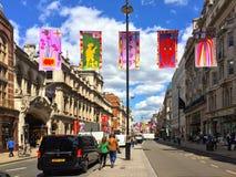 Выставка Piccadilly Лондон лета Королевской академии Стоковое Изображение