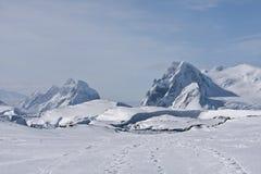 выступает снежное стоковое изображение rf