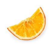 Высушенная половина куска апельсина, изолированного на белизне Стоковая Фотография RF