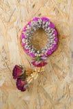 Высушенная тайская гирлянда высушенные цветки Стоковое фото RF