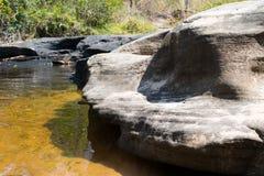 высушенное река с камнем Стоковое Фото