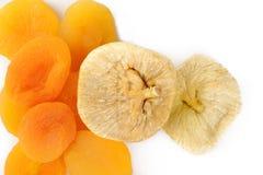 Высушенные абрикосы и высушенные смоквы Стоковое Изображение RF