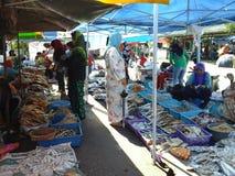 Высушенные рыбы на рынке выходных Kota Marudu Стоковые Фотографии RF