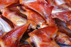 Высушенные рыбы, сухая еда, Солнц-высушенная рыба, свежие продукты в рынке ` s Таиланда Стоковые Изображения
