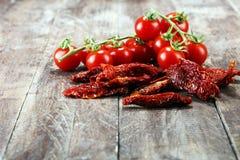 высушенные томаты солнца солнц-высушенные половины томата Стоковое фото RF
