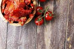 высушенные томаты солнца солнц-высушенные половины томата Стоковые Фотографии RF