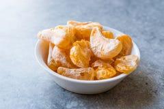 Высушенный плодоовощ мандарина откалывает в съесть шара готовый/Tangerine Стоковые Фото