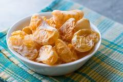 Высушенный плодоовощ мандарина откалывает в съесть шара готовый/Tangerine Стоковая Фотография RF