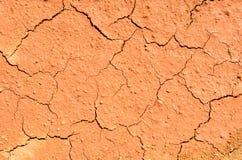 Высушите треснутую землю заполняя рамку Стоковое фото RF