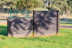 Выслеживает часть спортивной площадки (барьер) Стоковое Фото