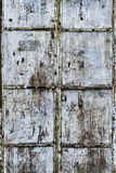 Вытравленная Grungy дверь металла стоковые фото