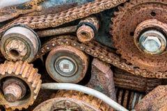 Вытравленные старые колеса шестерни сломленной промышленной машины Стоковое Фото