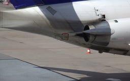 Вытыхание двигателя авиалайнера стоковые изображения rf