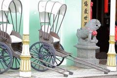 2 вытягиванная рикша Стоковые Изображения