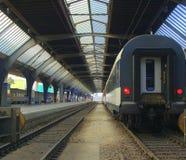 выходить поезд станции Стоковое Изображение RF