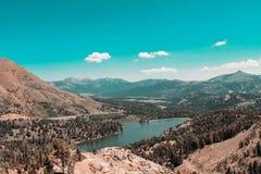 Выходные в Yosemite и национальном лесе Eldorado стоковые фото