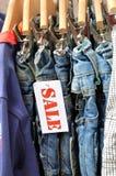 Выход джинсов стоковые изображения